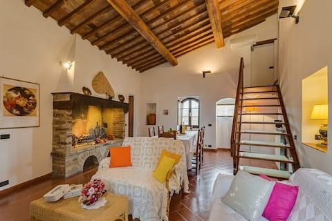 Cipresso countryhouse in Chianti region