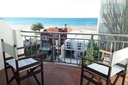 Departamento amoblado, balcon con vista al mar