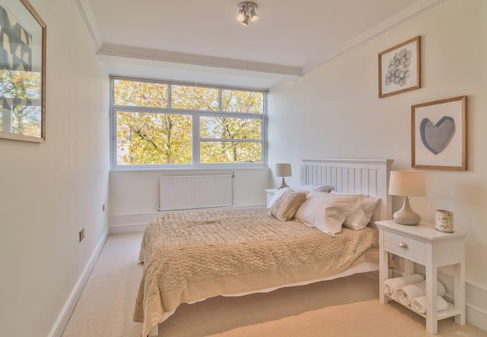 Two Bedroom Apartment Notting Hill - London - Leilighet