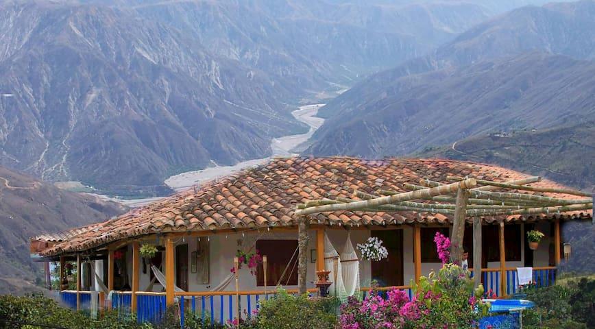 Espectacular vista del cañón del Chicamocha