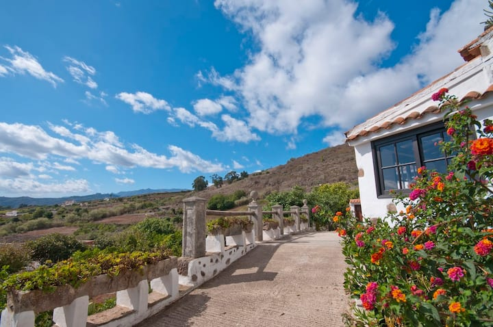 Holiday cottage in Teror (GC0082)
