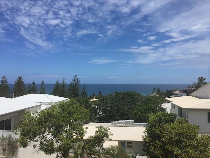 Sunshine Beach Ocean View Retreat