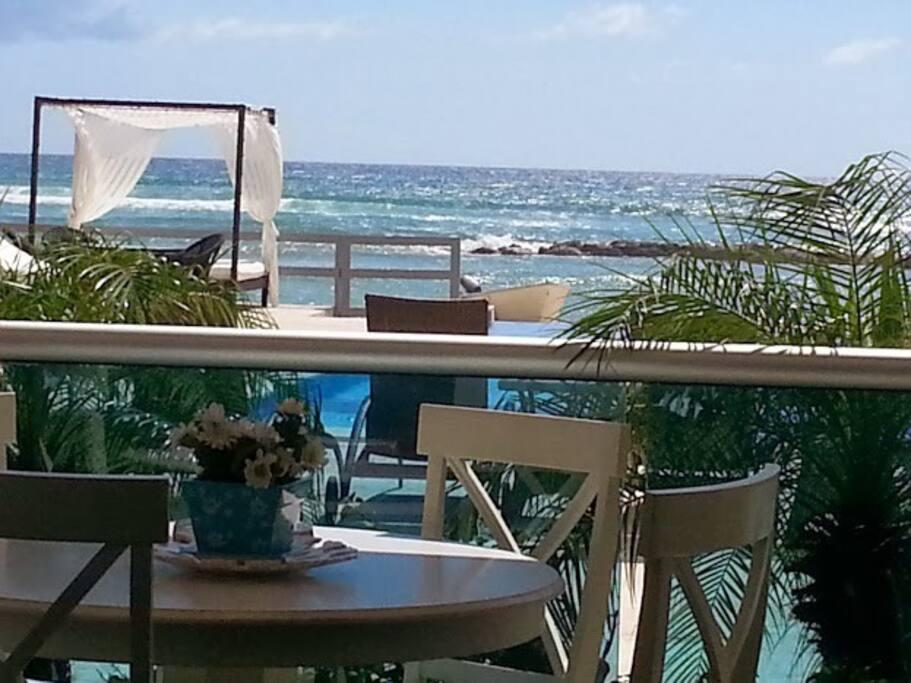 3bdr beachfront apartment w pool appartements louer juan dolio san pedro de macoris. Black Bedroom Furniture Sets. Home Design Ideas
