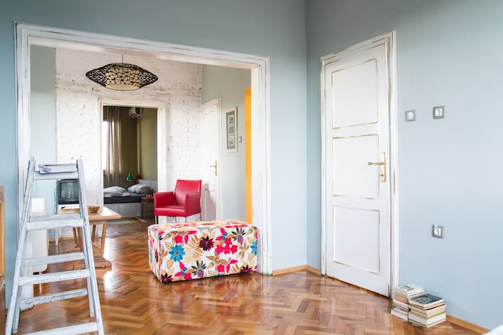 ARTament - boutique flat, center - Sofia - Apartment