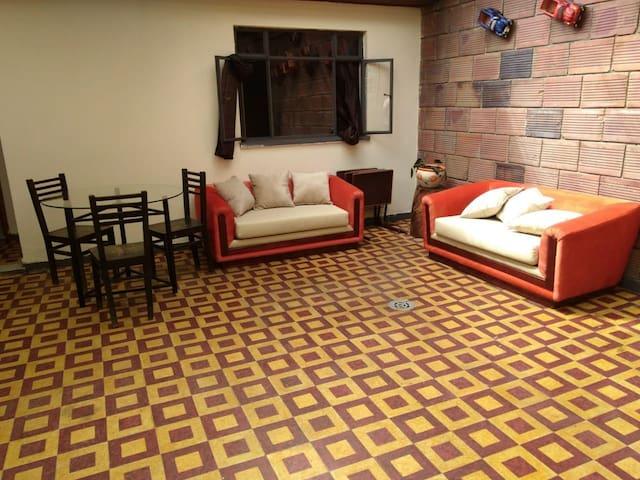 Apartamento ideal y central para conocer Bogotá.