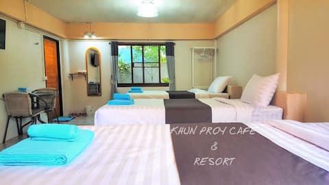 Khun Ploy Resort