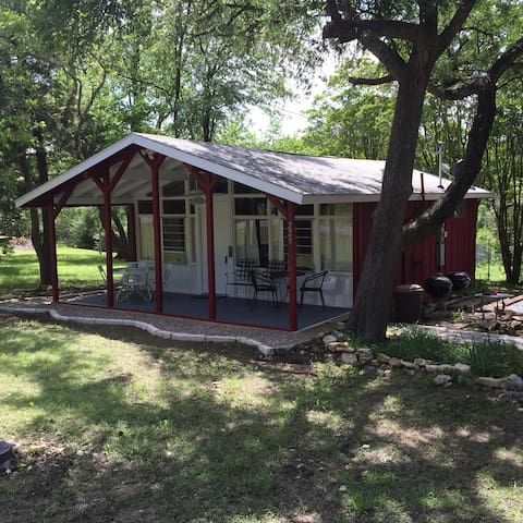 Red Cottage on Bentwood - Pottsboro - Srub