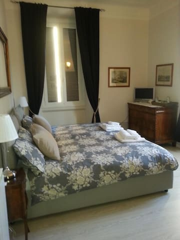 Room For Two B&B Fastinn Bocconi Navigli - Milano - Bed & Breakfast
