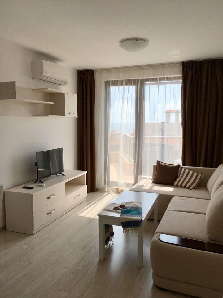 Квартира с 1-й спальней, шикарный вид на море!