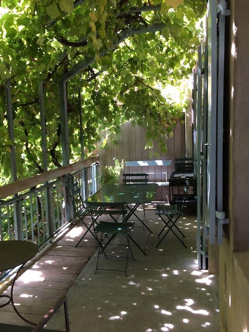 The terrace-balcony