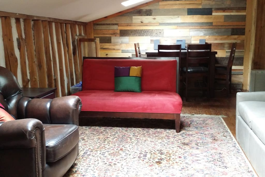 Large upstairs lounge with TV and access to upstairs star-viewing deck.