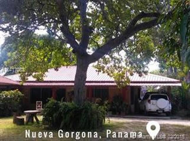 Nueva Gorgona, Panama Beauty!