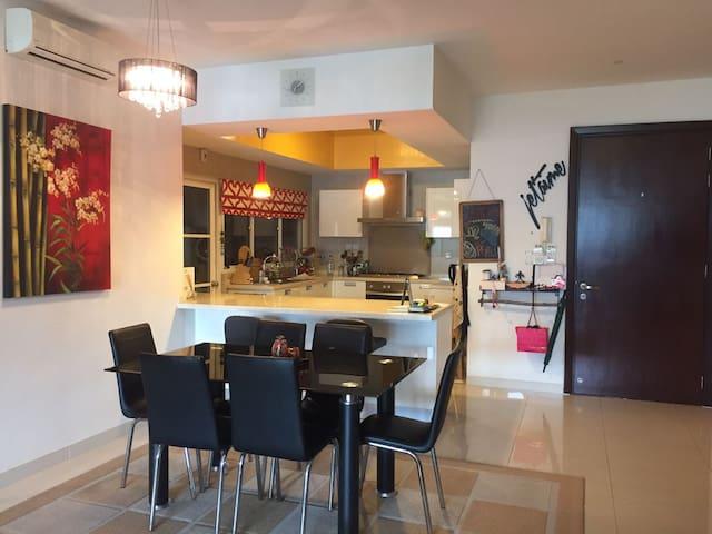 A Hidden Gem in Mont Kiara - Kuala Lumpur - Appartement