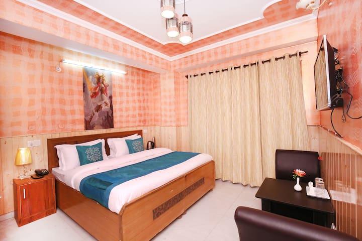 2RK Home in Panthaghati, Shimla