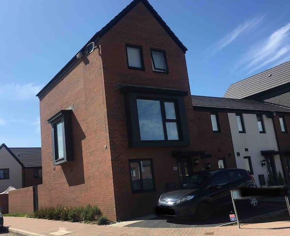 Two floors of a townhouse in Barry Island!