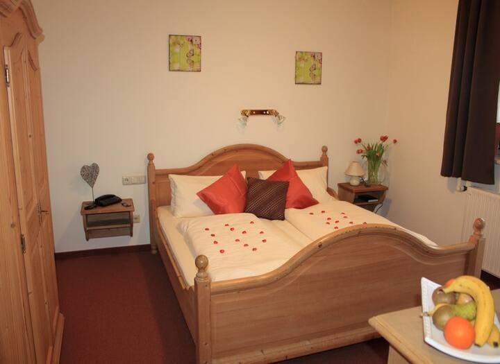 Gasthof Frankenstuben (Ebern), Doppelzimmer mit 3*** Sterne Ausstattung