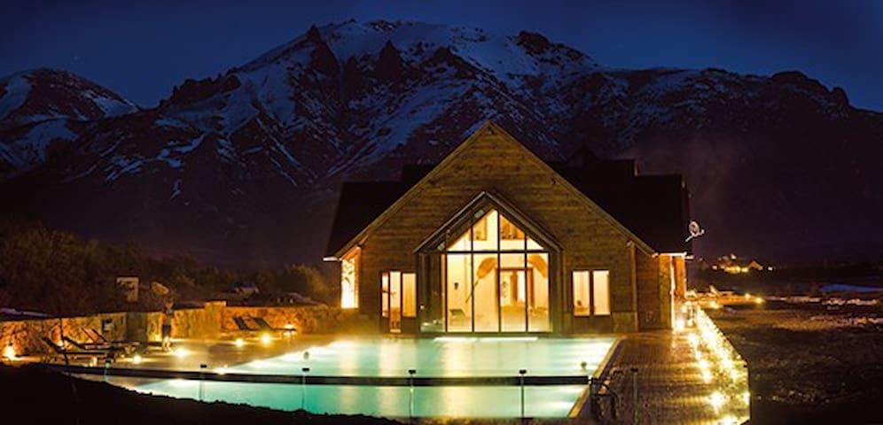 Patagonia Style con piscina y gimnasio