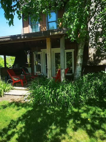 Hilltop Haven. Secluded 2 acre lake view property.