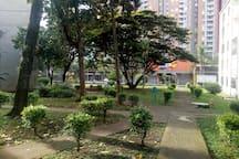 Zonas verdes de la unidad residencial