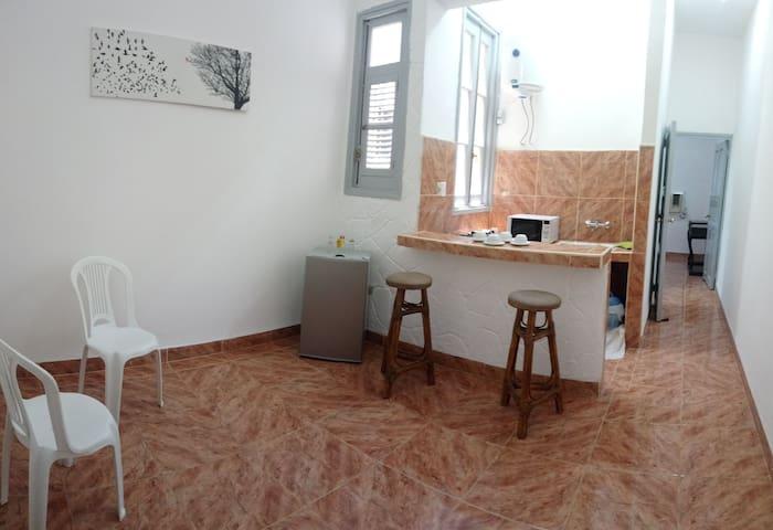 Apartamento independiente Casa CubAna familia