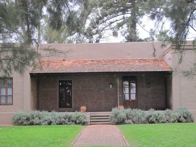 Casco de estancia - Ireneo Portela - Villa