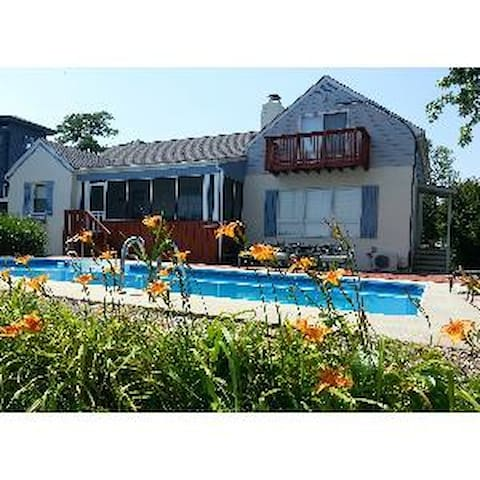 Little Magothy Riverfront home with Pool - Annapolis - Maison