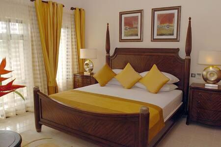 Fully Furnished 4-Bedroom Villa - Dubai