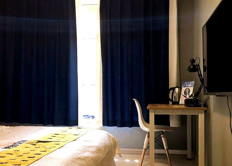 《七彩祥云》卧室