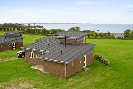 Architect designed luxury cottage - Faaborg
