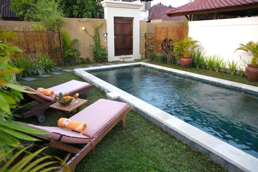 pool - balivillini - another angle