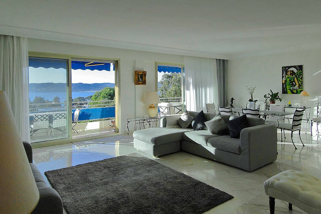 panoramic 3 bed penthouse apartment in cap antibes apartments for rent in antibes provence. Black Bedroom Furniture Sets. Home Design Ideas