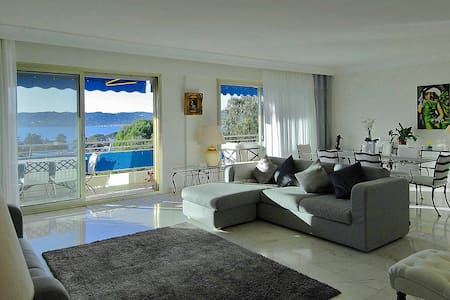 Panoramic 3 bed Penthouse Apartment in Cap Antibes - Antibes