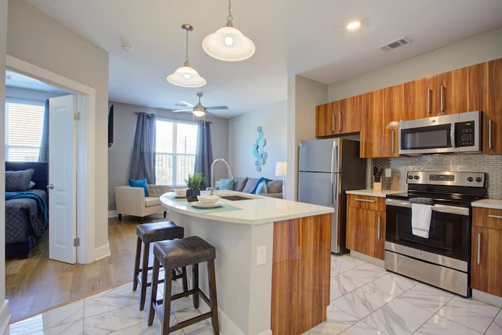 ★★ Muses Place Downtown/LSU Condo $1142! ★★
