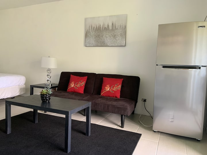 Affordable Condo 3 mins to Ocean!  Deep Cleaned!
