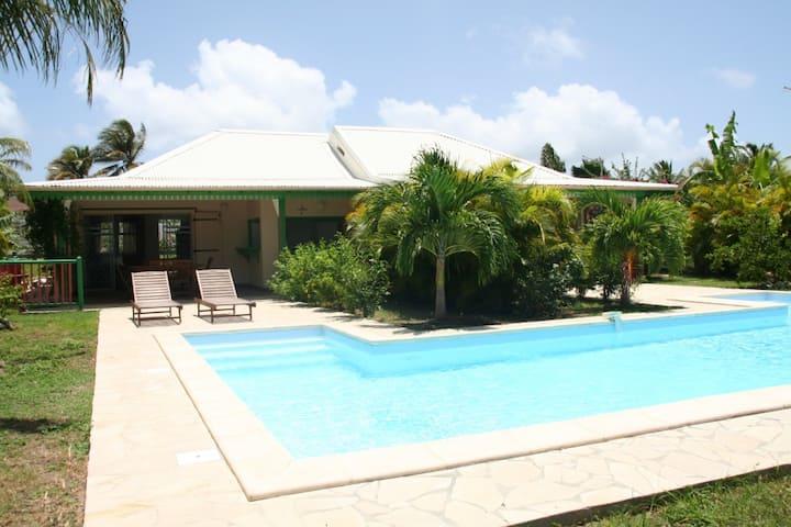 Villa HAMAK Vue mer piscine 12m
