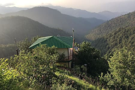 Forrester Cottage - Apple Orchard in Kanatal