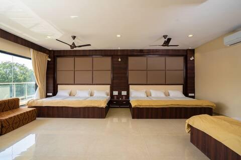 Srinamo Listing - Luxury Room 3