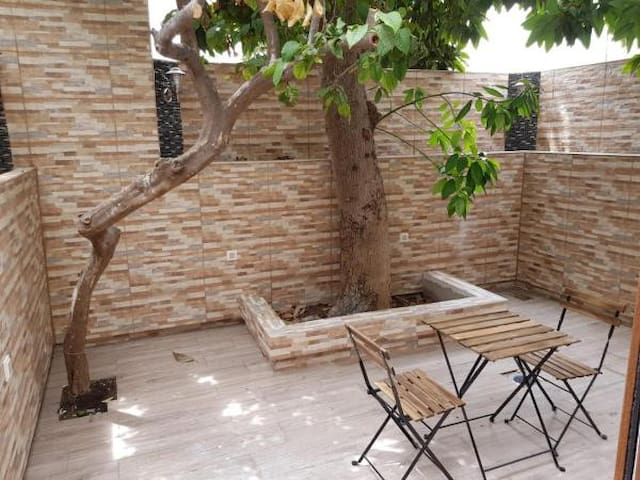 Apartamento con patio en Casco Antiguo | Marbella