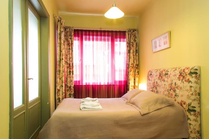 Cosy & Charming Stylish Apartment