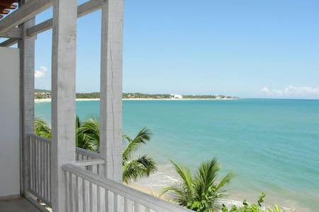 3 br.  Luxury Beachfront Condo. Best location. - 喀巴里特 - 公寓