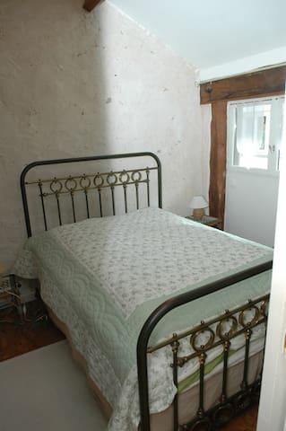Chambre avec literie très confortable