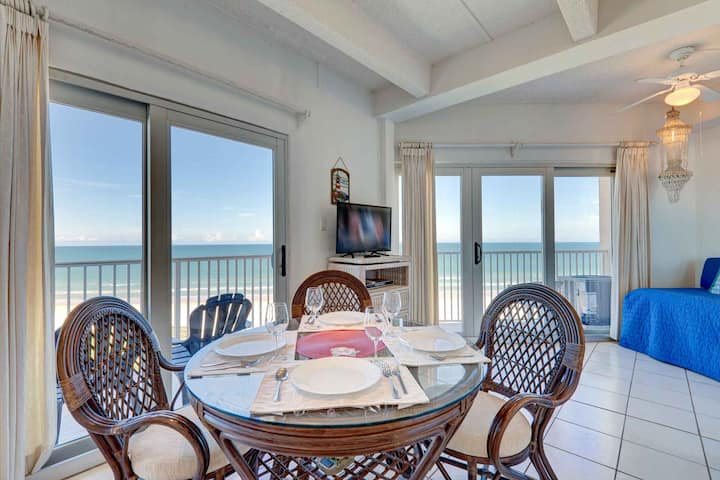 Aquarius 804 - Wraparound Balcony, Floor to Ceiling Windows Make You Feel Right on the Beach