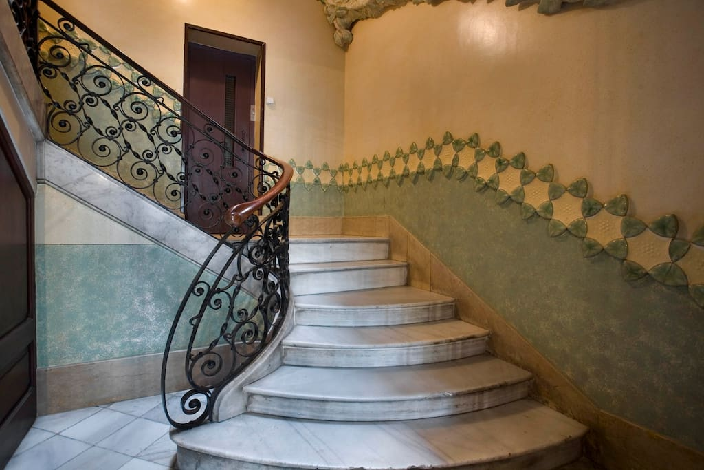 Stairs of the modernist Casa Estapé