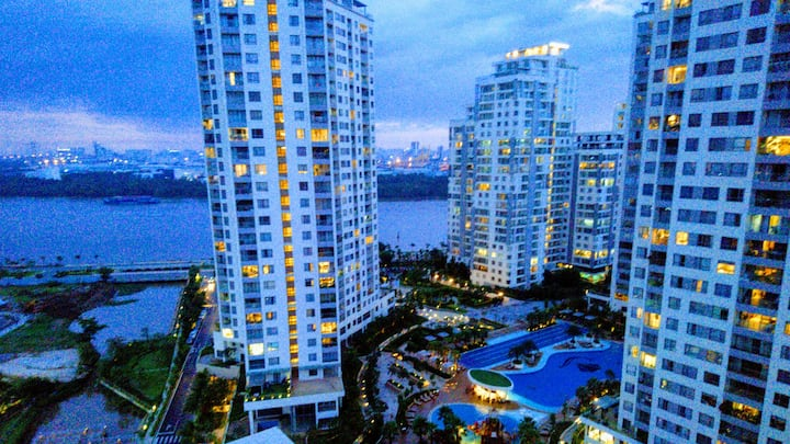 Ho Chi Minh City Luxury Apt