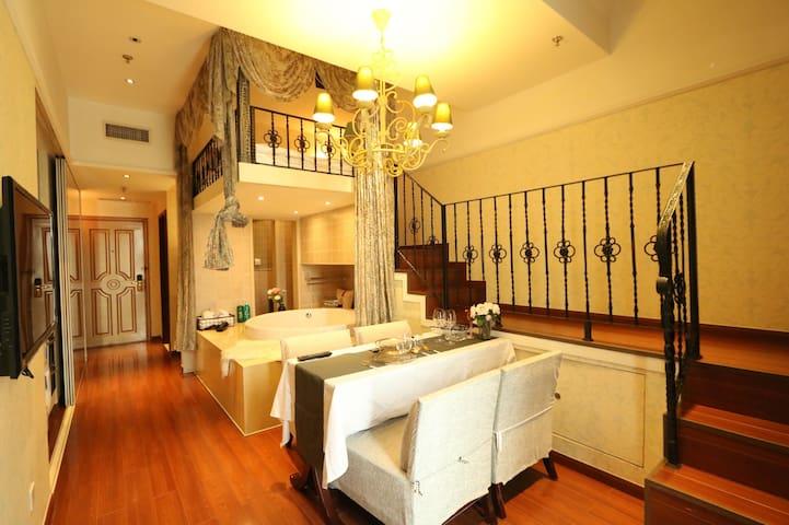 朝阳区老国展东直门豪华loft公寓五星级舒适品质