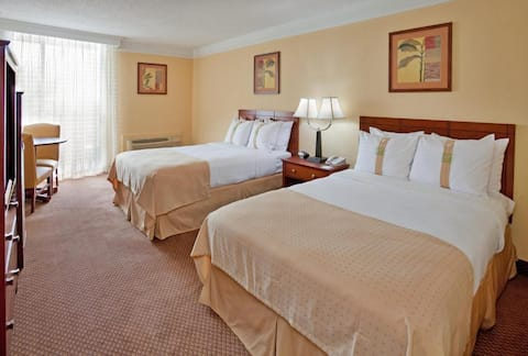 Firstclass Double Two Double Beds At Ponce