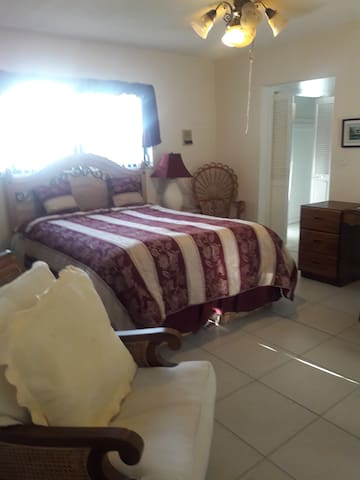 Furnished Room Available in a Beautiful House