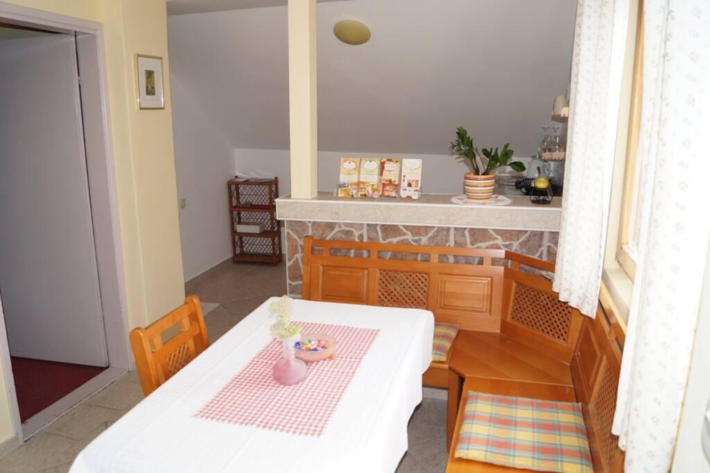 dininig room