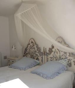 Chambre Lavande - Le Plan-de-la-Tour - Bed & Breakfast