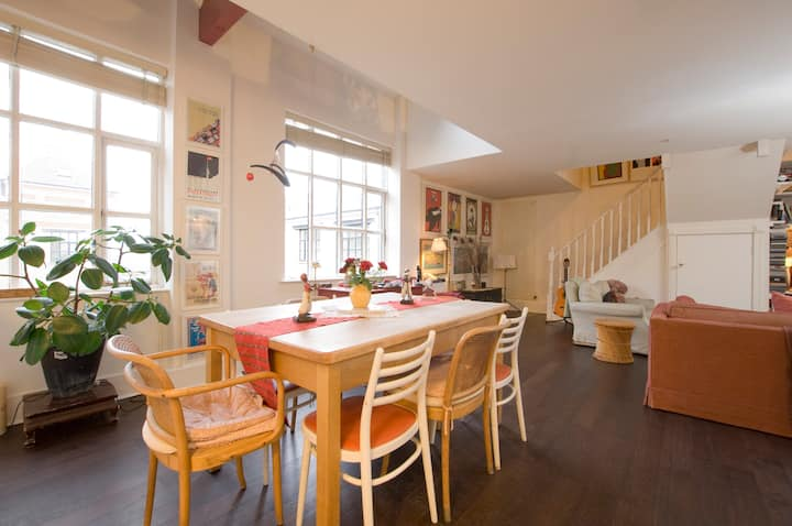 Huge 3 bedroom loft in Dalston.